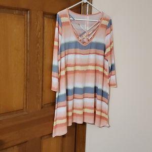2X 3/4 sleeve criss-cross tunic/dress, pretty